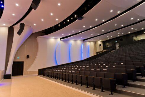 Актовый зал в IT Университете